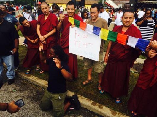 monk_protest